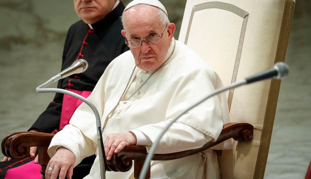 El Papa Francisco pide que haya un salario universal y una reducción de la jornada de trabajo