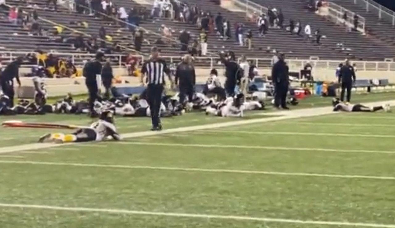 Cuatro heridos por un tiroteo en un partido de fútbol americano en Alabama