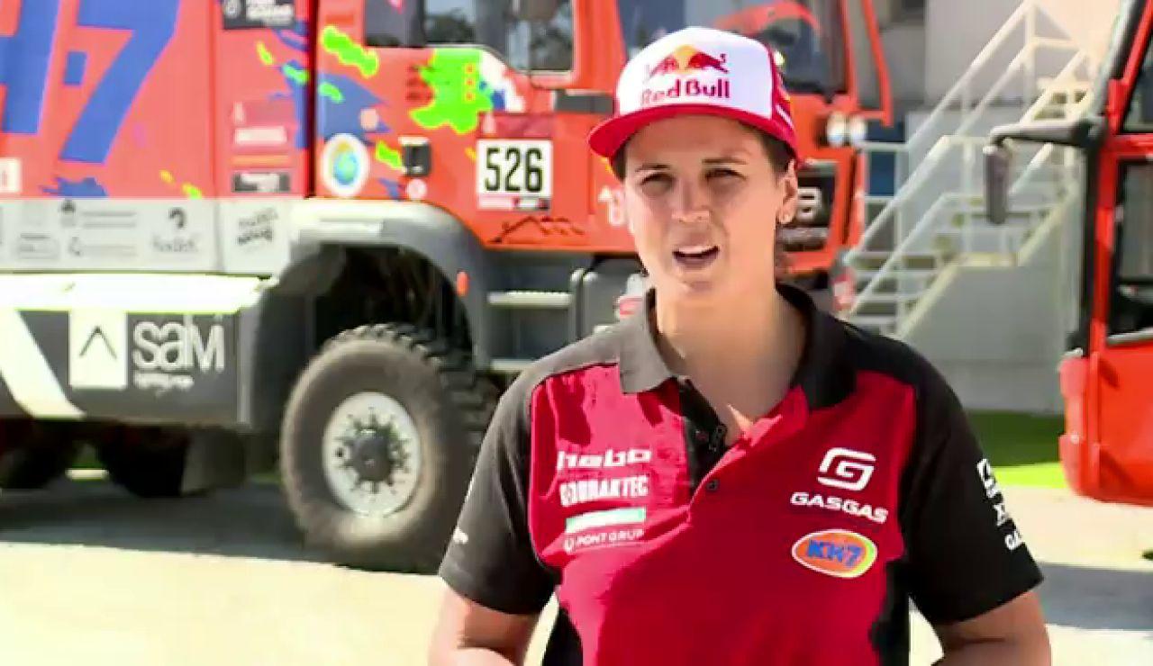 """Laia Sanz competirá en coches en el Dakar: """"Carlos Sainz me está ayudando mucho"""""""