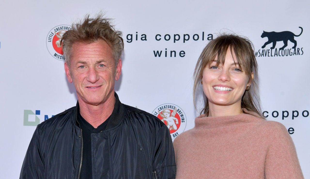 Sean Penn y su mujer Leila George