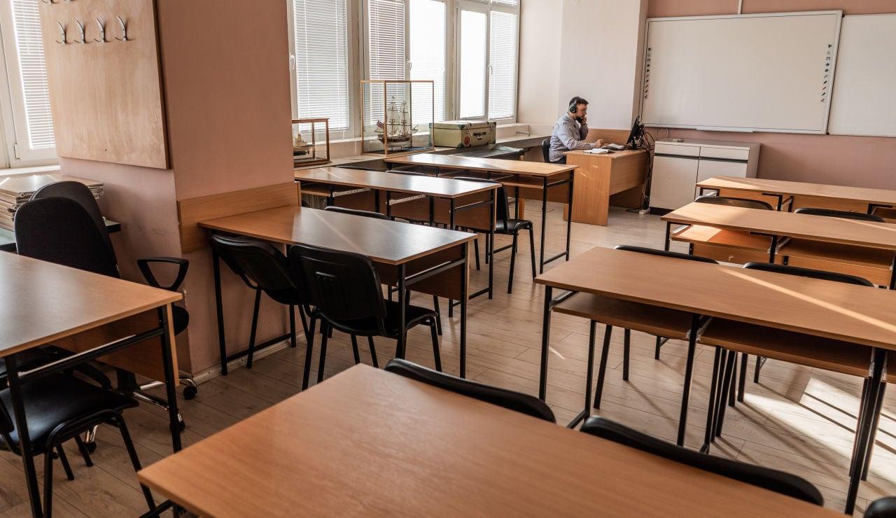 La Consejería de educación de Asturias inhabilita 8 meses a un profesor d Gijón por poner un 10 a todos sus alumnos