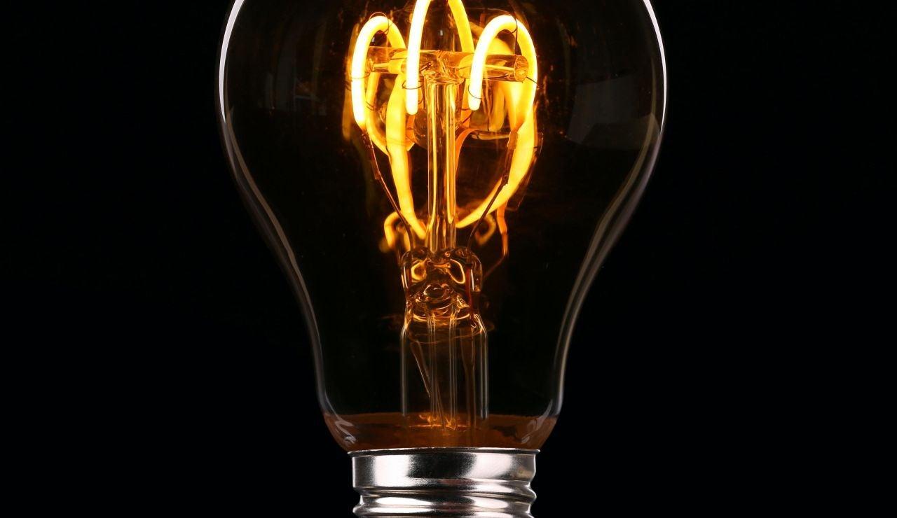 Octubre ya no tiene remedio y se convertirá en el mes con el precio de la luz más caro de la historia