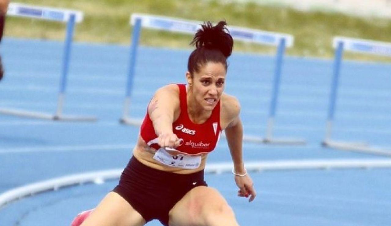 "Carlota Serrano, la atleta que venció al cáncer de mama: ""El deporte me ha servido como terapia"""