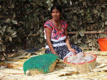 Multadas una madre y una hija con 9.800 dólares en México por hacer brujería a su propio hijo