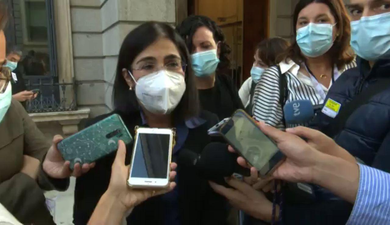 """Sanidad advierte a Ayuso sobre la eliminación de las mascarillas en los colegios: """"Tenemos que ir de la mano"""""""