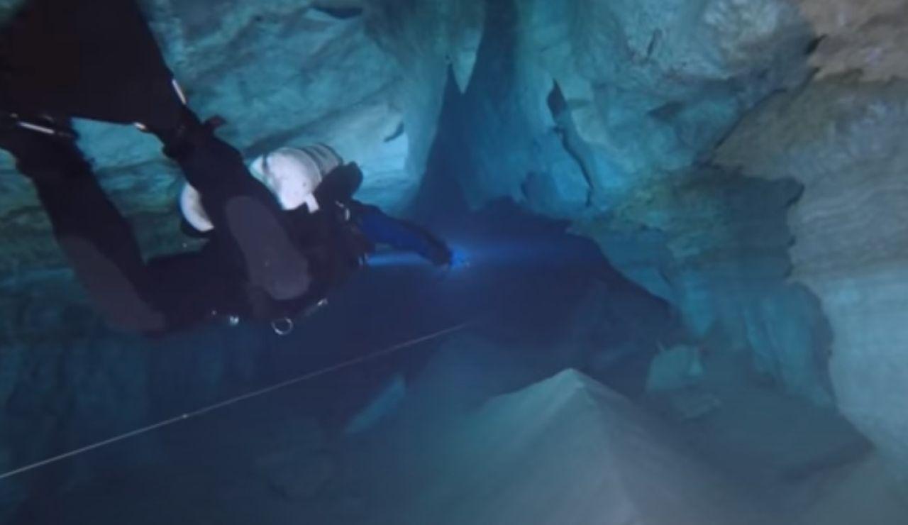 La cueva de Orda, la mayor cueva subacuática de cristal de yeso del mundo ubicada en Rusia