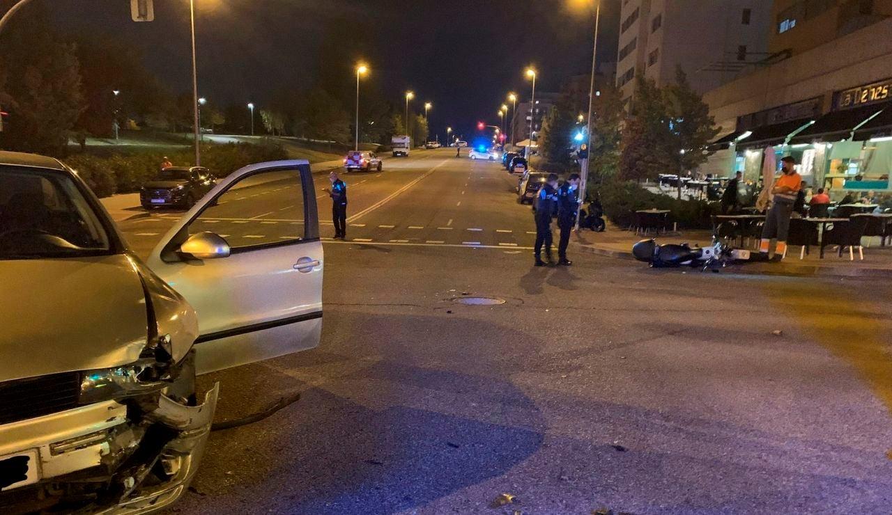 Un motorista con pierna amputada por un accidente de tráfico
