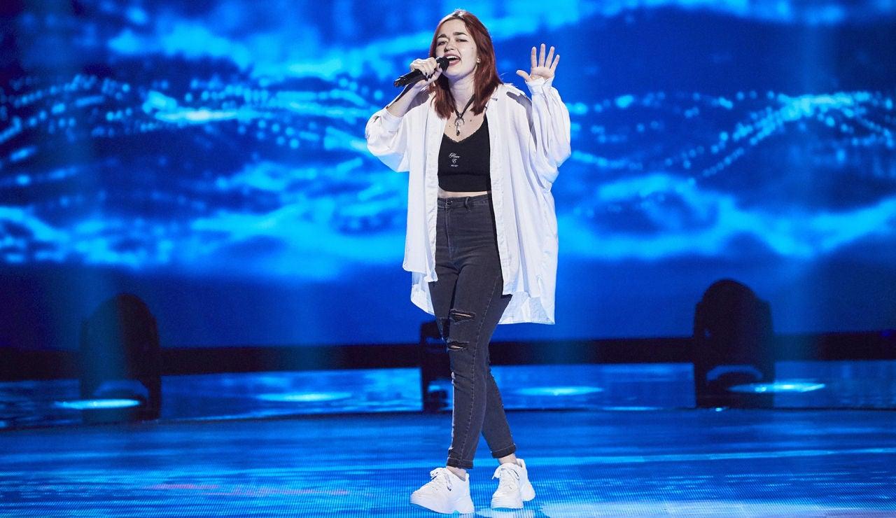 Carolin Skerin canta 'What's up' en las Audiciones a ciegas de 'La Voz'