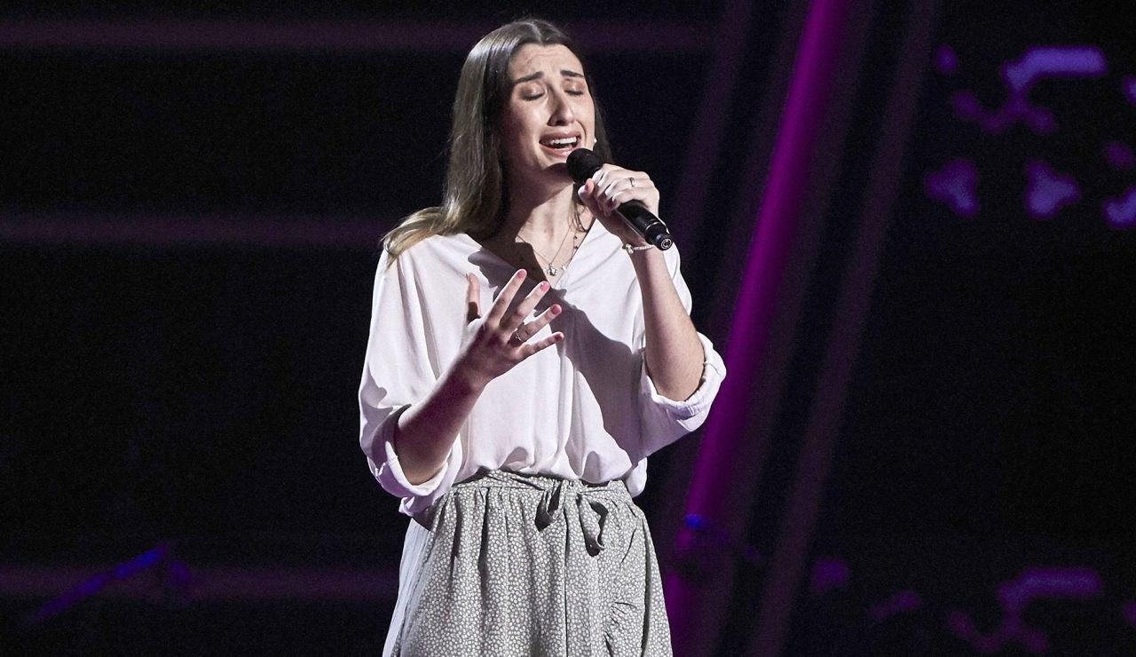 María Torregrosa canta 'Comiéndote a besos' en las Audiciones a ciegas de 'La Voz'