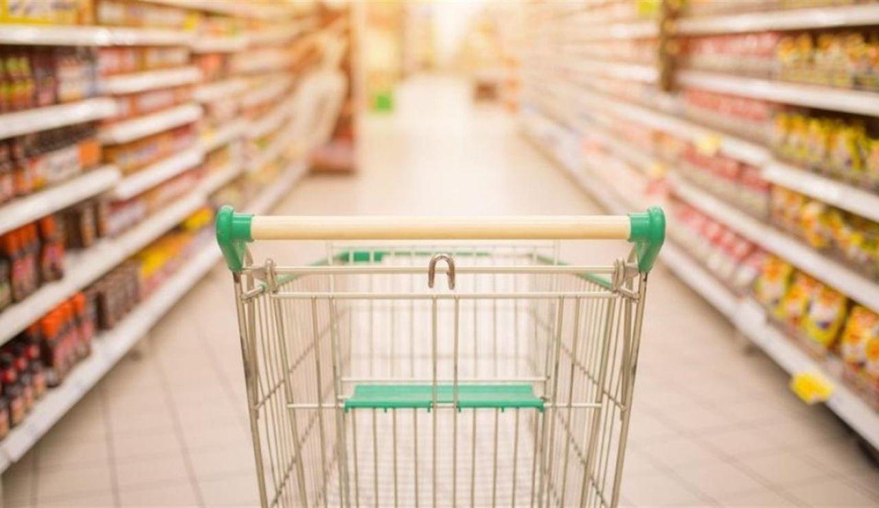 Aprende a detectar reseñas falsas en las compras y reservas online