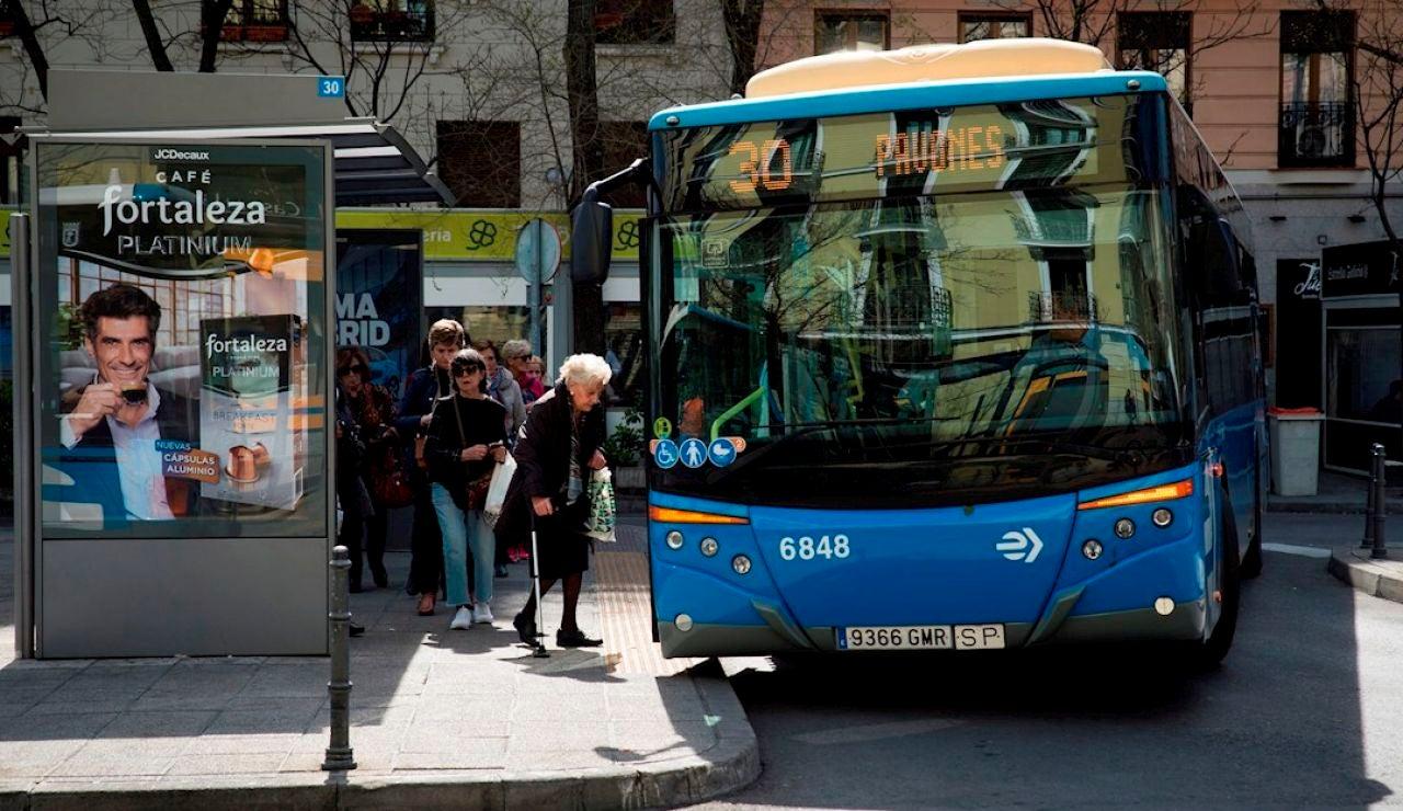Entra en prisión el detenido por la agresión a un policía en un autobús de Zaragoza