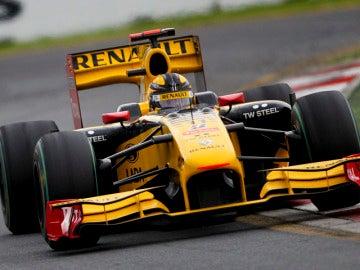 Kubica devuelve al podio a Renault