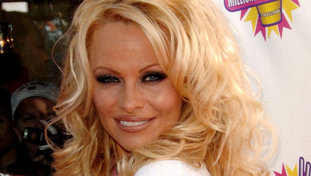 Pamela Anderson, morosa