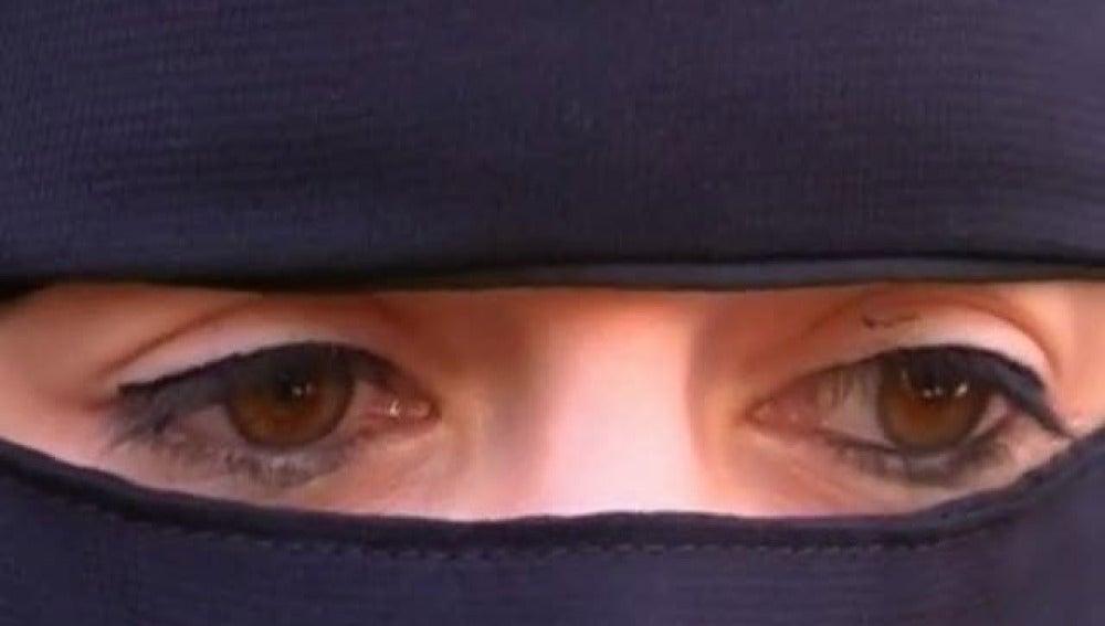 Prohibición del velo y el burka