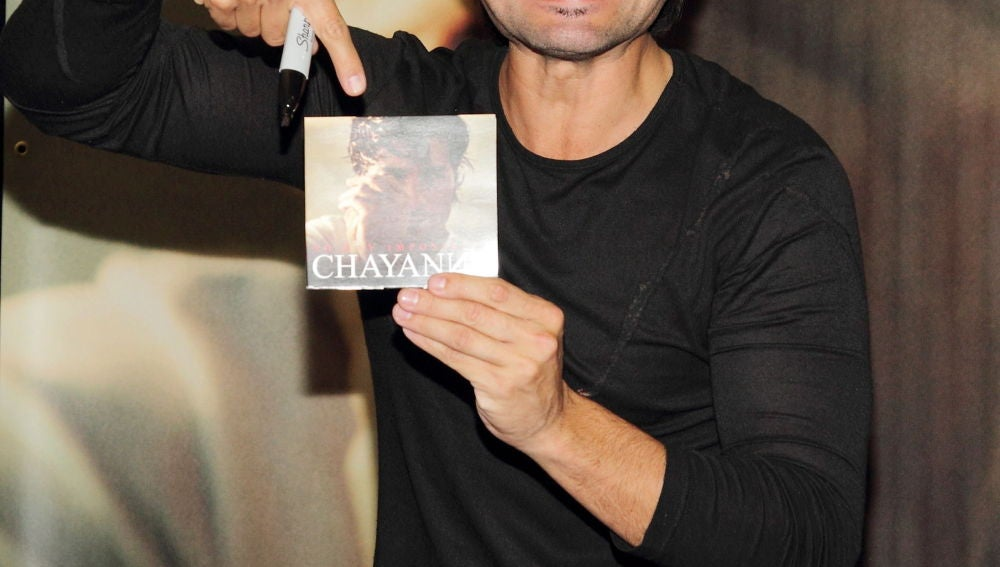 Chayanne saca nuevo disco