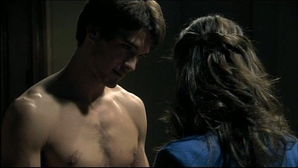 Iván se pone romántico con Julia