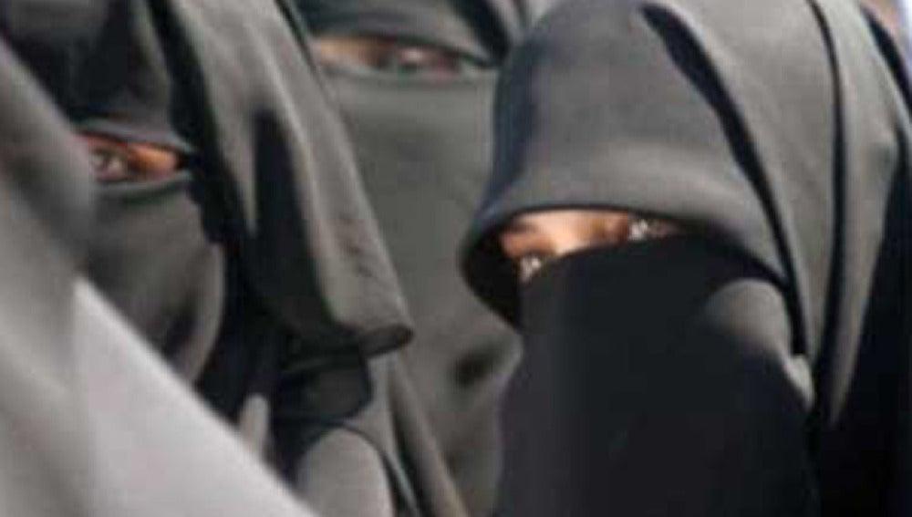 Mujeres con niqab