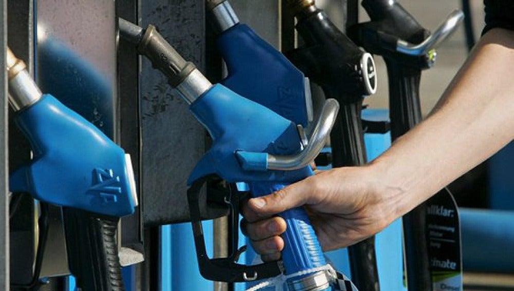 La gasolina, más cara