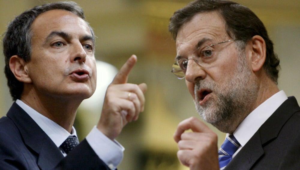 Rajoy y Zapatero durante el debate