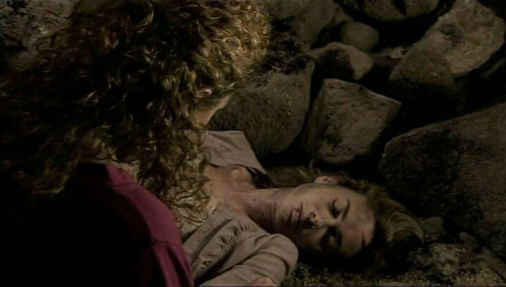 Alicia descubre que Amelia ha sido asesinada