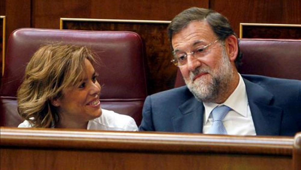 Sáenz de Santamaría se burla