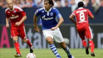Raúl se estrena con el Schalke