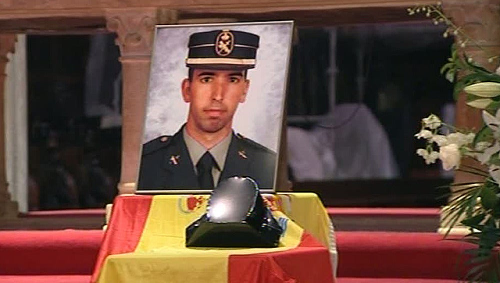 Homenaje a los dos guardias civiles asesinados por ETA en Palma