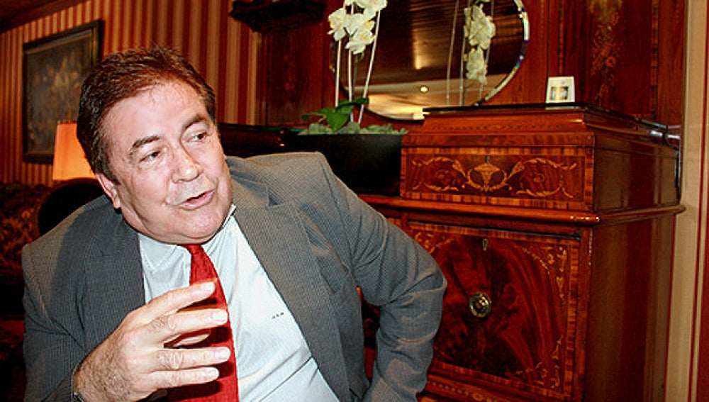 Ángel Gimeno disputará las primarias del PSM