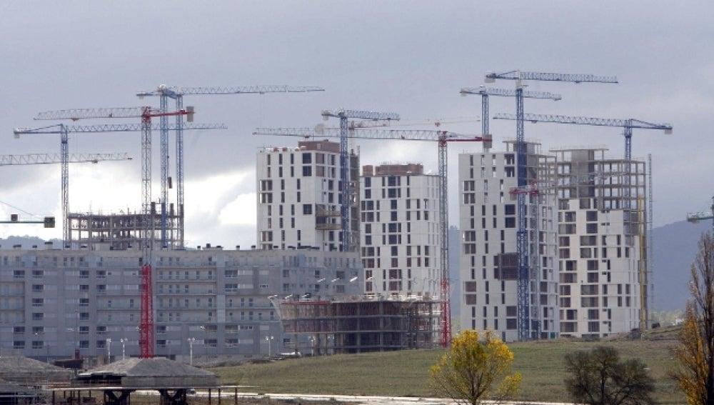 Edificio de viviendas en construcción