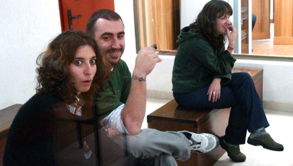 Laura Riera, Fernando García y Lierni Armendariz, presuntos miembros del comando Barcelona, durante un juicio