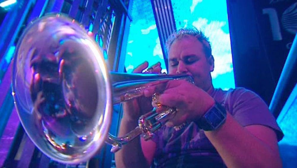Trompetista de una orquesta