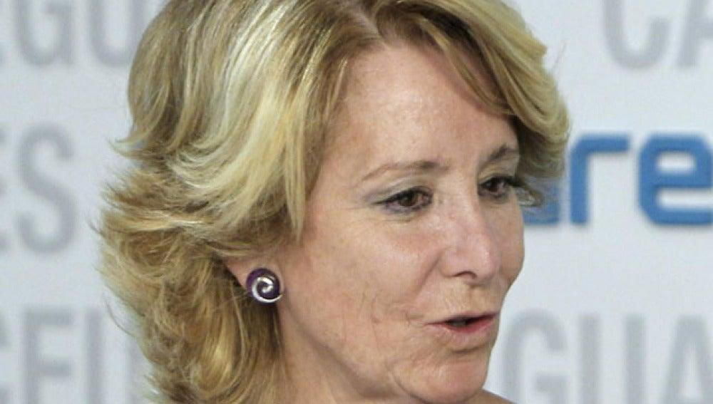 Esperanza Aguirre durante una comparecencia