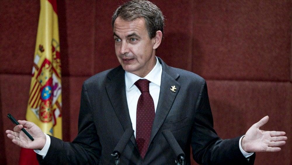 Zapatero en rueda de prensa en Shangai