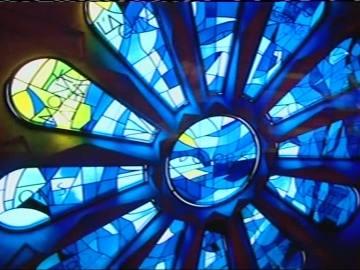 La  Sagrada Familia estrena vidrieras