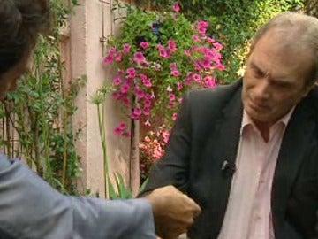 Neira en una entrevista con Albert Castillón