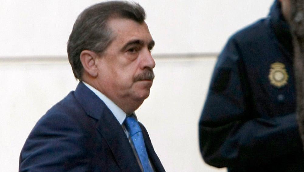 El juez Ismael Moreno en las puertas de la Audiencia Nacional
