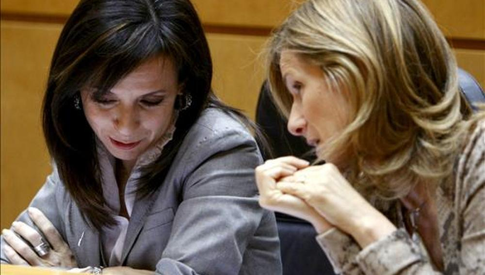 Las ministras de Vivienda, Beatriz Corredor y de Ciencia e Innovación, Cristina Garmendia