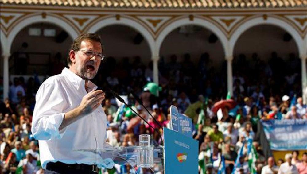Rajoy durante el mítin en Antequera