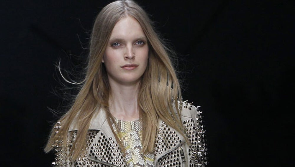 Burberry apuesta por la moda motera