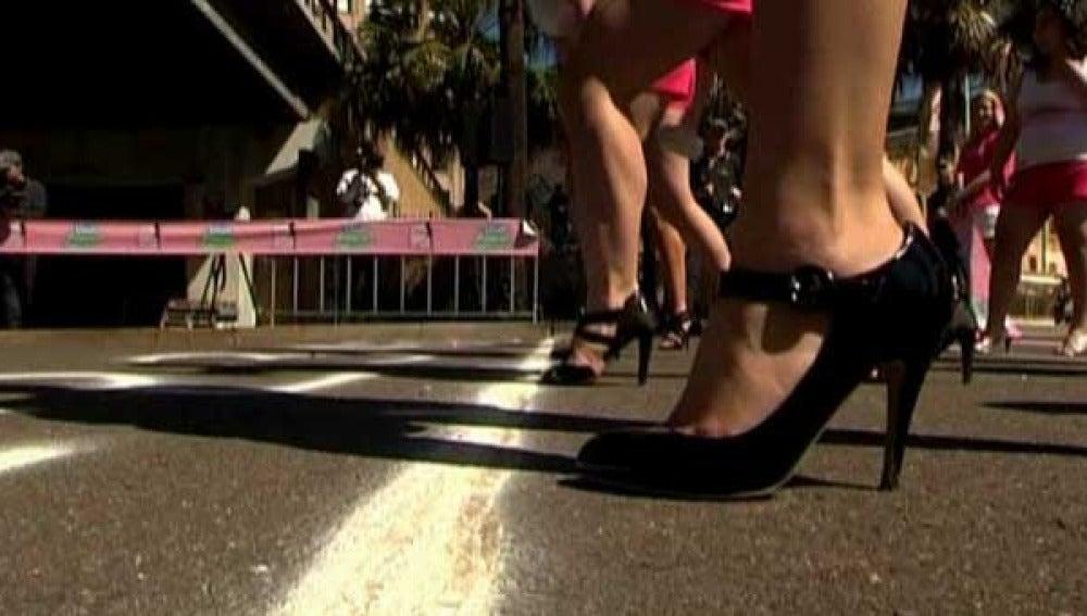 Los 'cien metros tacones' en Australia