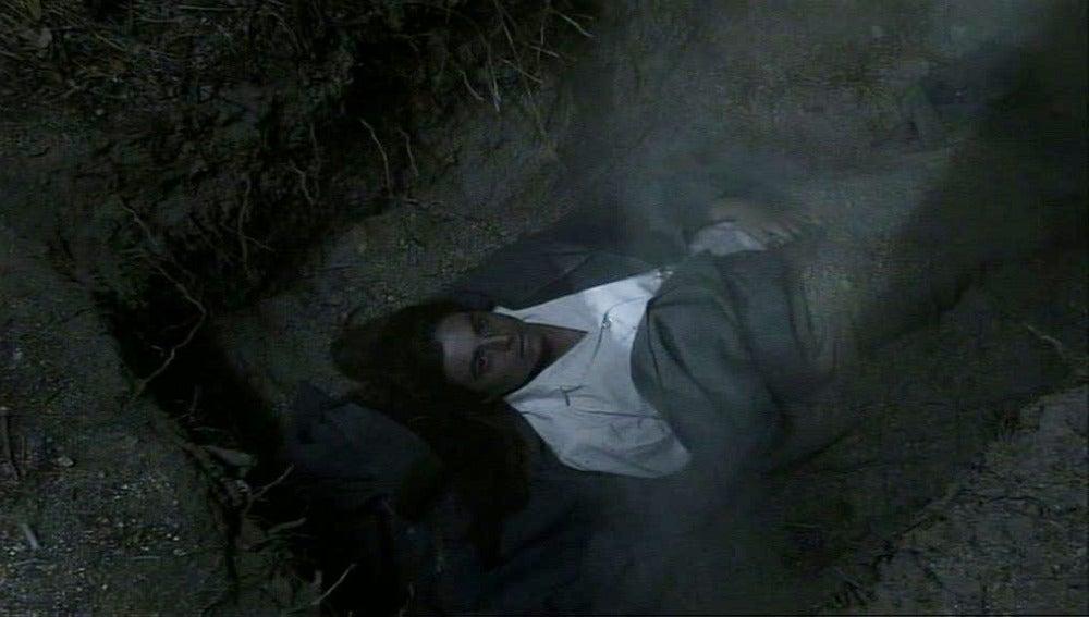 El Teniente entierra a Lucía