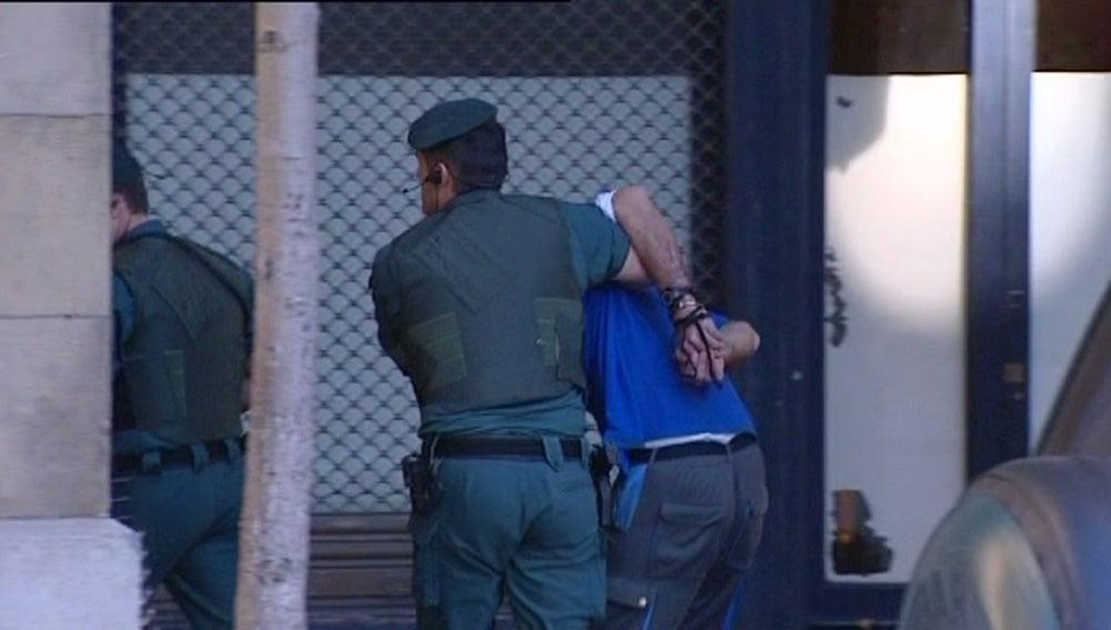 Javier Atristain entra en dependencias policiales