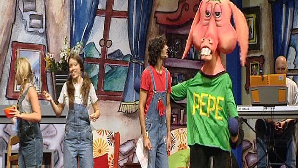 Cantajuegos, al teatro