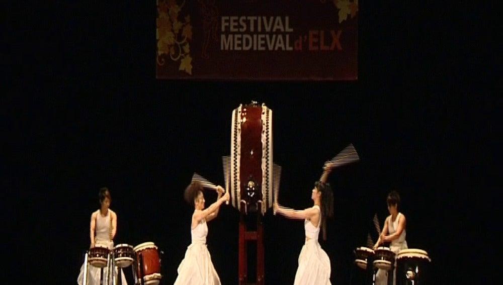 Tambores japoneses del siglo VII suenan en Elche