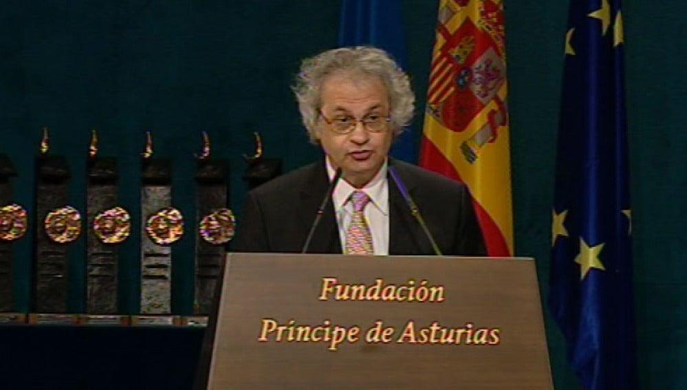 Maalouf pronuncia su discurso