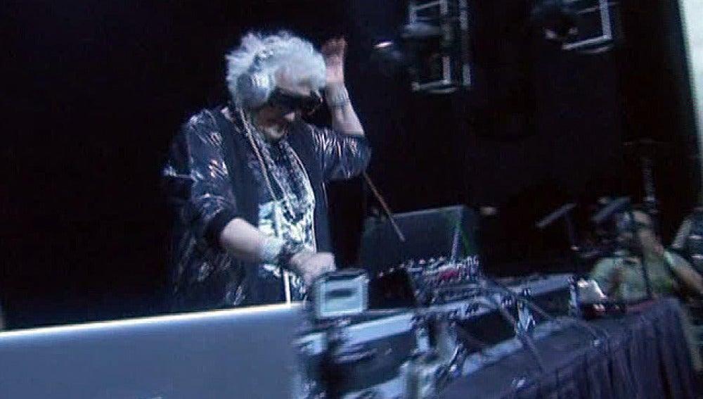 La abuela DJ