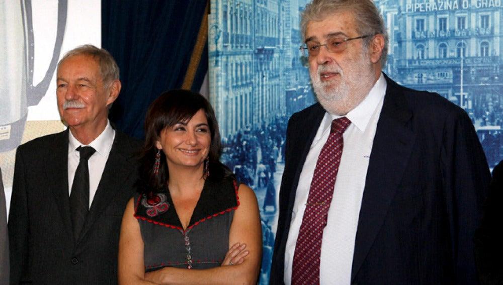 Lara, con Mendoza y Amoraga