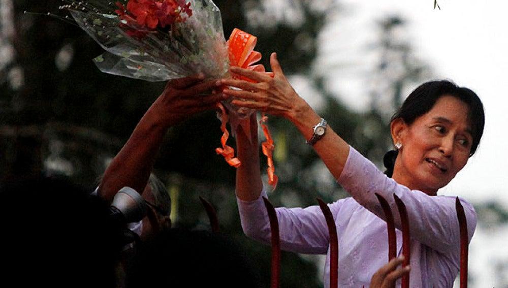 Liberada San Suu Kyi