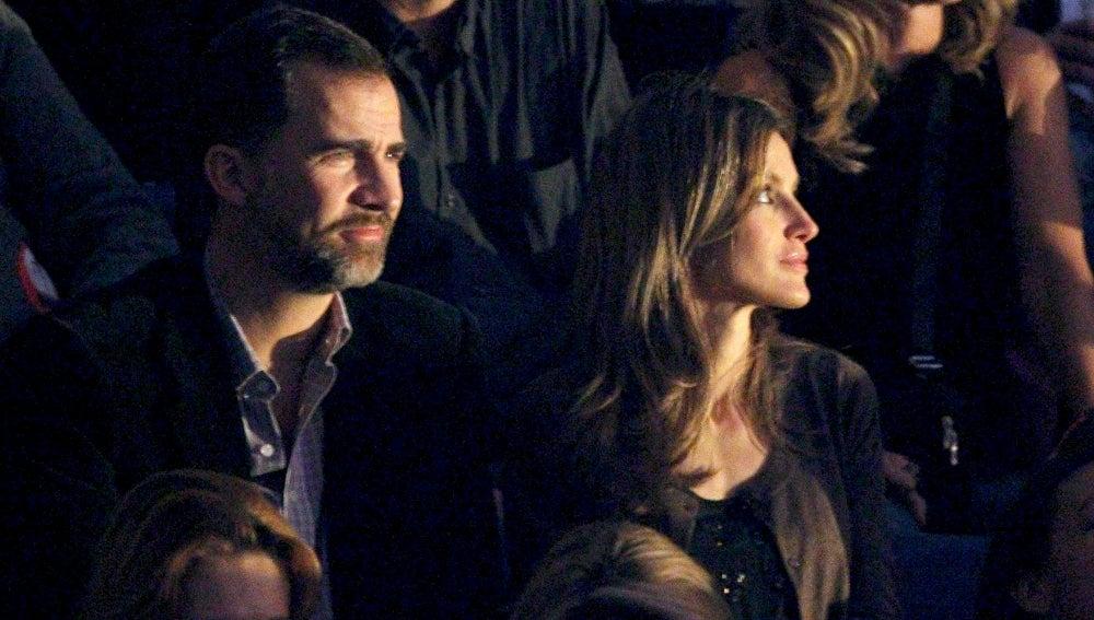 Los Príncipes de Asturias en el concierto de Shakira