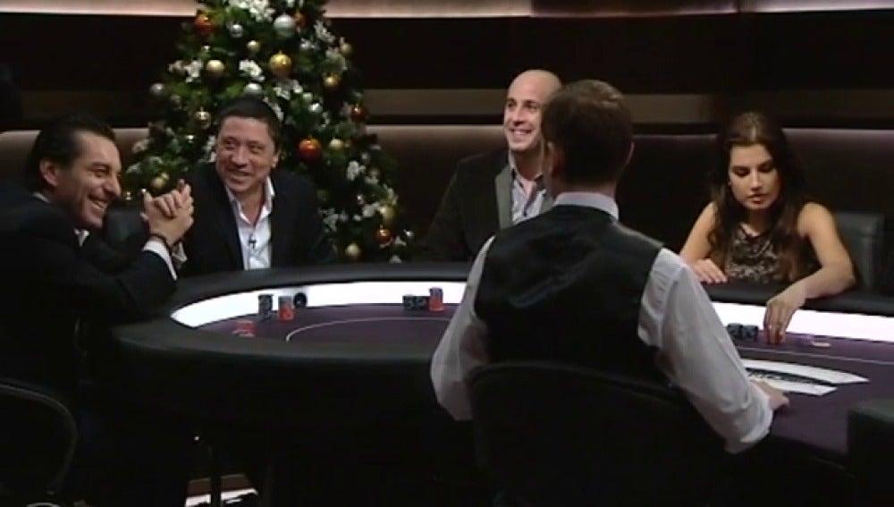 Pepe Reina, Carlos Bardem y Paula Guilló, en la mesa